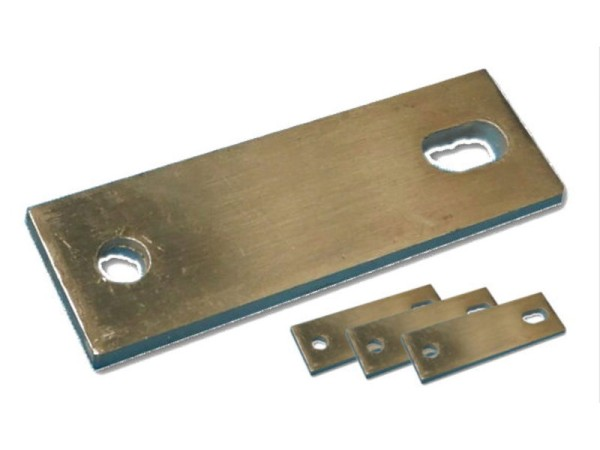 Montageplatte 65-73 mm / 4er-Set zur Dachzelt Befestigung